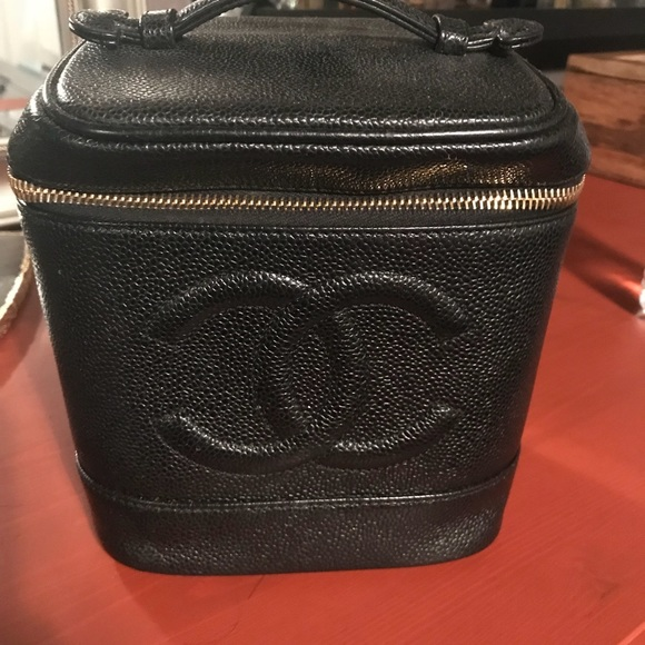 7b363bb81407 CHANEL Handbags - CHANEL MAKEUP BAG